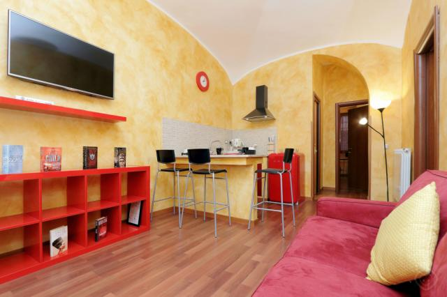 LuckyDomus Esquilino apartment Rome